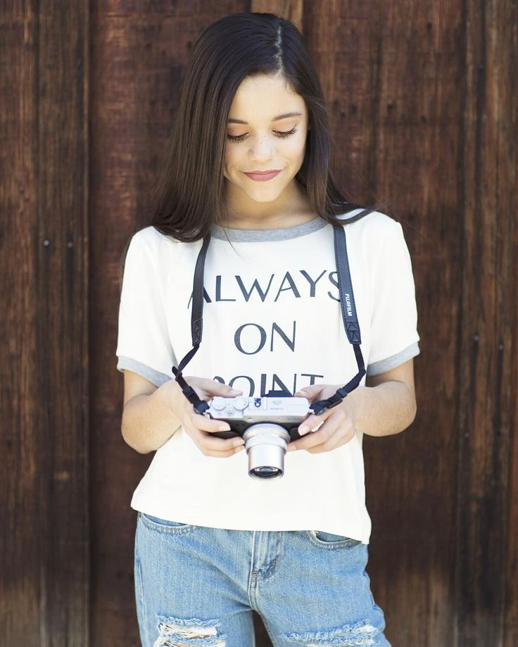 """""""Before I turn off my phone for the night, I'd like to thank each one of you for your kind words! There will always be haters, but my fans are always on…"""" Jenna Ortega-mini Jane"""