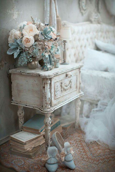 Shabby Chic I like it all except the shoes!!!