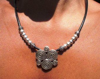 anillo de collar de cuero collar de eternidad joyas Boho por kekugi