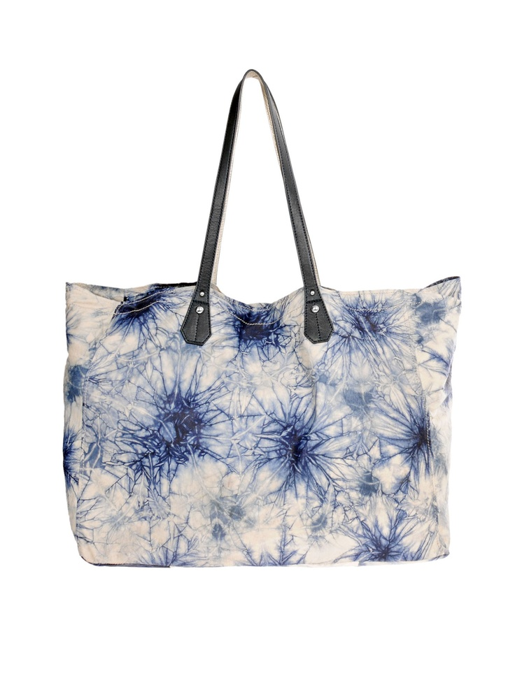 A perfect summer bag from Cynthia Vincent.