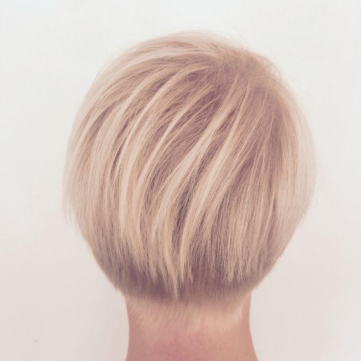 Short hair Blonde color