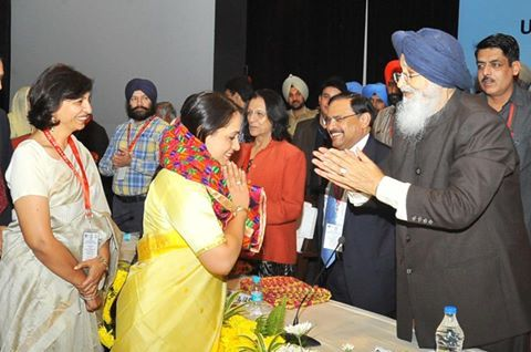CM Parkash Singh Badal spoke about the problem of SYL and resignation drama of Captain Amarinder Singh while addressing the Summit on 'Sustainable Development Goals and Universal Health Coverage- States perspective' organized by the Health and Family Welfare Department Punjab in collaboration with PGIMER and WHO, India. #AkaliDal #ProgressivePunjab
