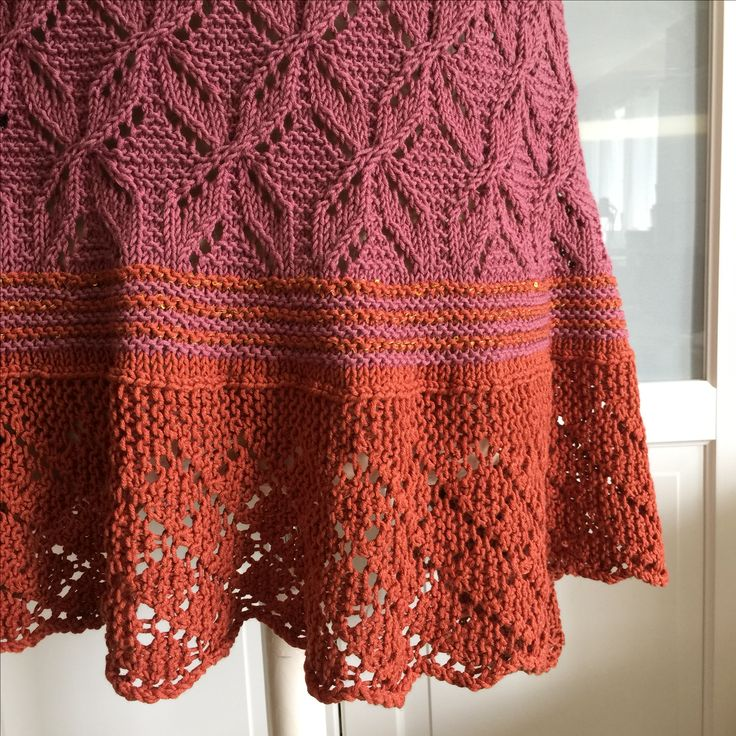 The LACELOVER | knitted shawl | knitting pattern | ravelry designer
