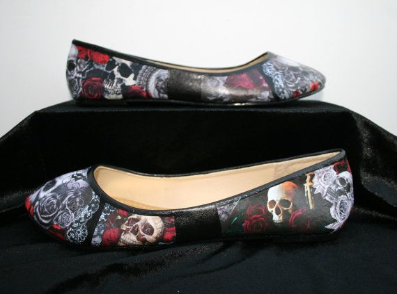 Hey, I found this really awesome Etsy listing at https://www.etsy.com/listing/207921883/skulls-and-roses-flats-skulls-and-roses