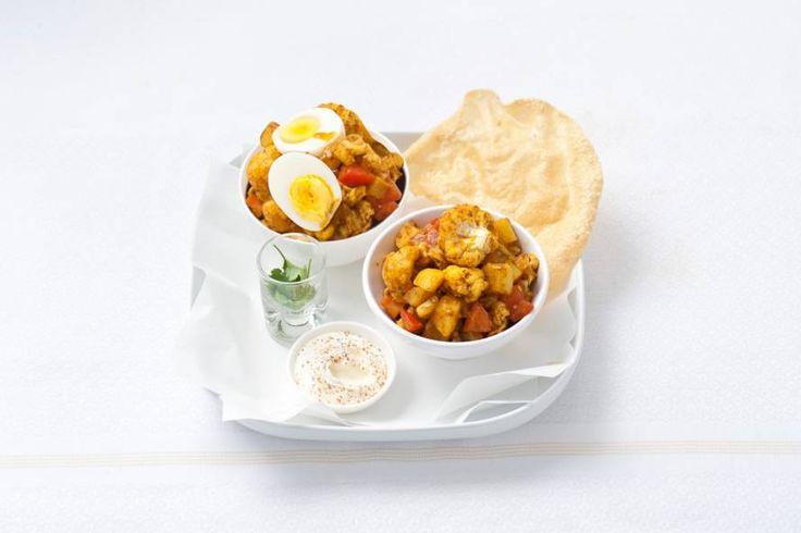 Dagje slank? Dat gaat helemaal lukken met deze Indiase curry met aardappel en bloemkool - Recept - Allerhande