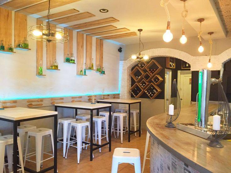 Mobiliario para hostelería en Capicúa Grill Garden Rota