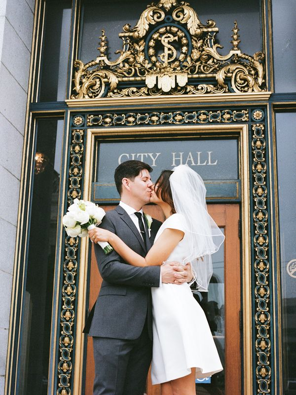 5 Must Haves For Getting Your Marriage License Which You Need Before Wedding Hall And City