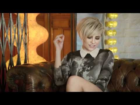 Music video by Tinchy Stryder Featuring Pixie Lott performing Bright Lights. (C) 2011 Universal Island Records, a division of Universal Music Operations Limited