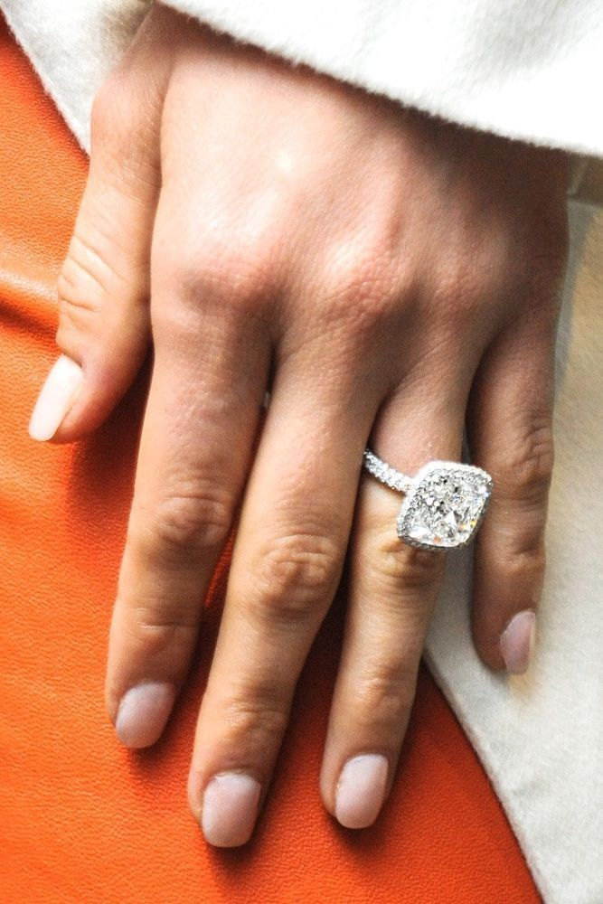The best of the best when it comes to fashion editor adored engagement rings. #ringsjewelry