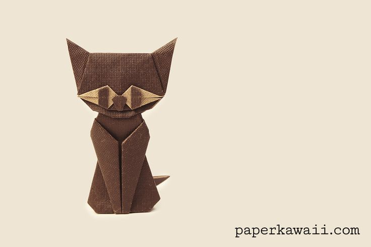Modular Origami Cat – Halloween – Video Tutorial, Learn how to make a cute origami cat for halloween! You'll need 3 pieces of paper for this modular model. Glue is needed to attach the head ♥︎   #cat #cute origami #halloween