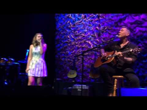 Metallica's James Hetfield Performs With Daughter Cali, Alice In Chains' Jerry Cantrell At 'Acoustic 4 A Cure' (Video) - Blabbermouth.net