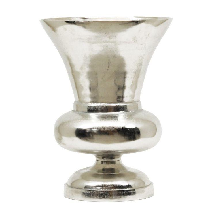 Vaas voor grote bloemen, uitgevoerd in aluminium met raw nikkel afwerking
