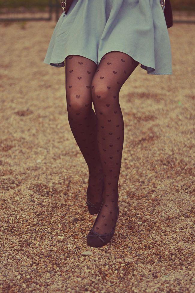 Daytona Beach i wear pantyhose with a skirt