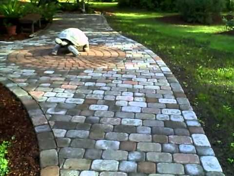 17 best images about patios and pathways on pinterest for Landscaping rocks vancouver