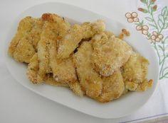Un'ottima alternativa al petto di pollo impanato e fritto è questo petto di pollo impanato al forno che per la presenza del parmigiano è molto gustoso,
