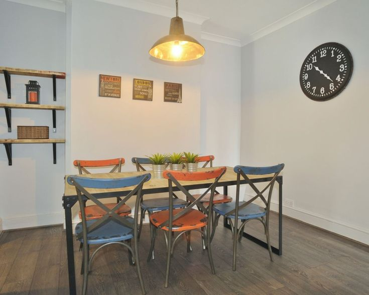 A Unique Style Dining Room Which Is Perfect Match For Students 1 Iddlesleigh