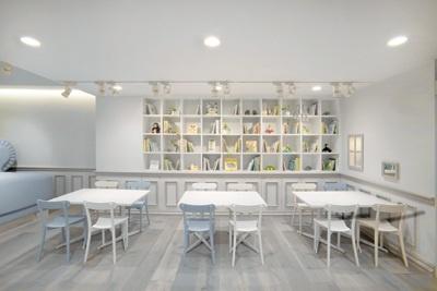 estante para brinquedos: Babies, Cafe Interiors, Idea, Cafe Restaurant Interior, Design Interiors, Cafe Interior Design, Cafe Design, Baby Cafe