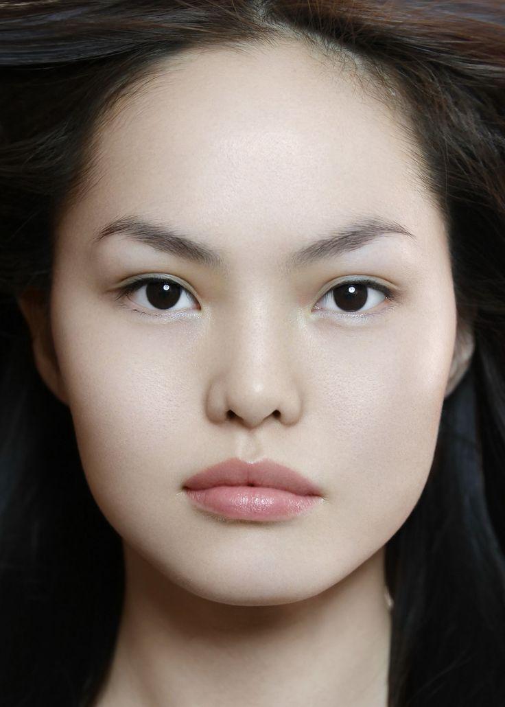Красивые женщины бурятки фото молодую