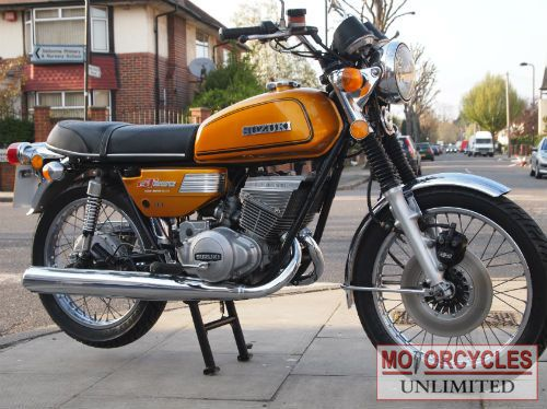 1975 Suzuki GT250 M for sale   2 Stroke Classic   Motorcycles Unlimited
