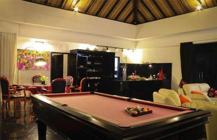 Offrez-vous le #luxe avec un #billard dans votre #location de #vacances!