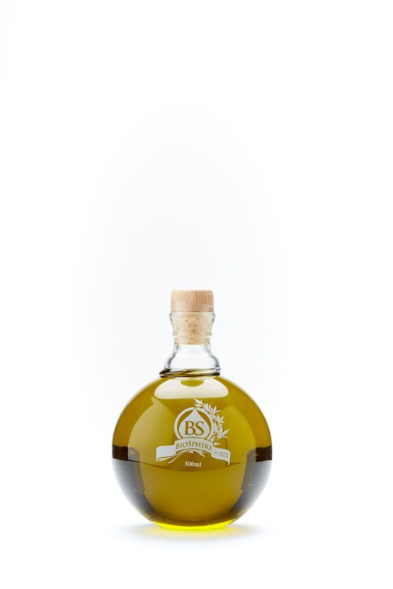 Biosphere | The World's Best Olive Oils... Biosphere is organically produced by the first unripe olives, only from the few and finest especially selected olive trees, and harvested by hand in mid-October. Significant characteristics and high nutritional properties give shape to the strong personality of this unique green olive oil.