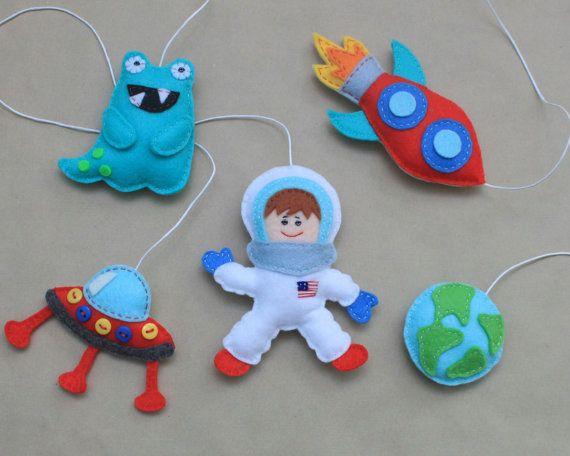 Best 25+ Astronaut Craft Ideas On Pinterest