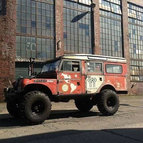 17 best images about landrover 109 on pinterest rigs jaguar and offroad. Black Bedroom Furniture Sets. Home Design Ideas