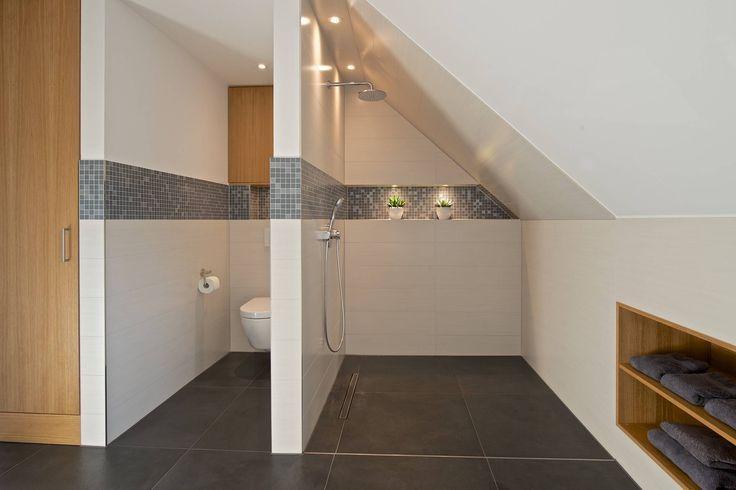 Duschbereich Im Vollbad Badezimmer Von Grid Architektur Design