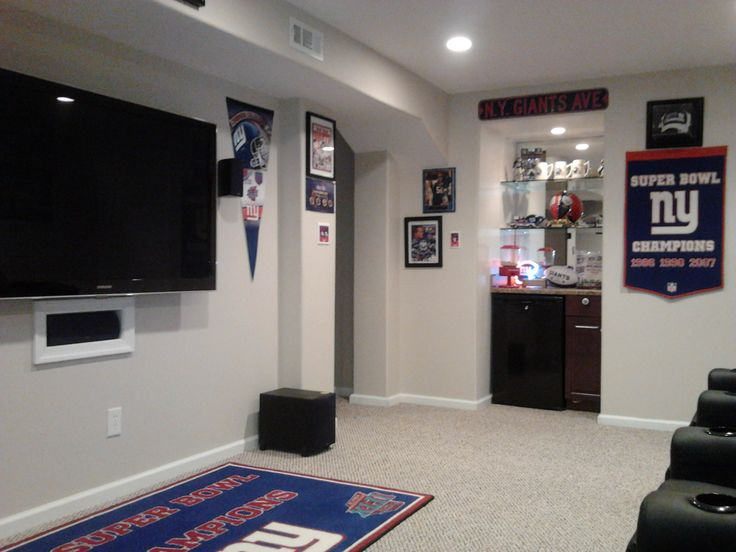 Giants Fan Cave · New York ...