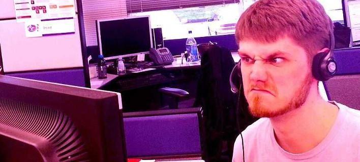 Οι εργαζόμενοι του Facebook γκρινιάζουν -Tα άπλυτα των μάνατζερ, οι ατέλειωτες ώρες και η εργασιακή κόλαση [εικόνες]