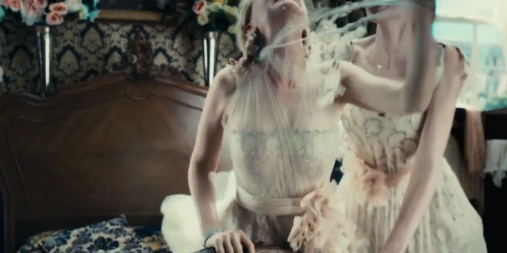 Fashion Teasers from the New Great Gatsby Trailer: Having a breakdown with lots of lace, tulle and pearls.