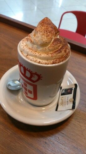Chocolate quente with cream #vidaecaffe #Mauritius
