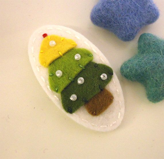 NO SLIP Wool felt hair clip Christmas tree