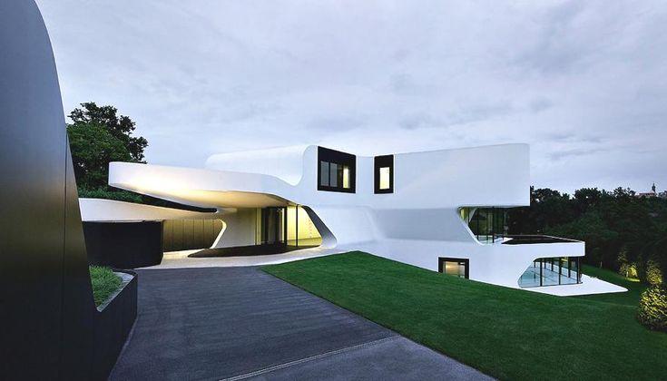 Футуристическая архитектура: невероятная конструкция особняка Dupli Casa в Германии