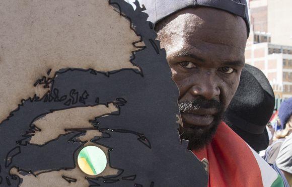 Zuma Must Fall - David Lazarus / Cape Town Photographer