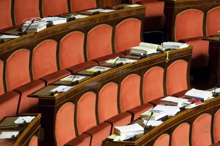 Presenze in parlamento, come si contano e cosa non sappiamo – inTema n. 14 http://blog.openpolis.it/presenze-in-parlamento-come-si-contano-e-cosa-non-sappiamo-intema-14