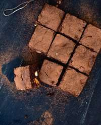 Fudgy macadamia and peanut butter brownies