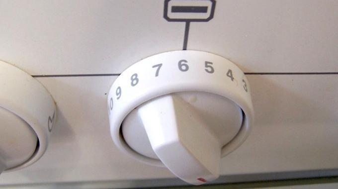 Cuisson au Four : Notre Guide Pour Convertir les Températures en Thermostat.