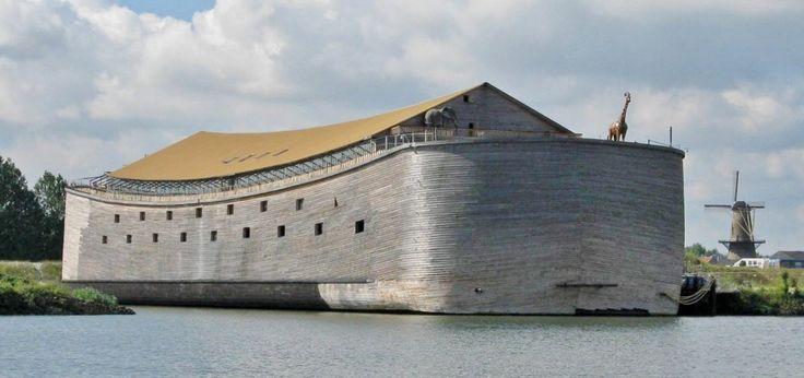 Feita como manda a bíblia por um carpinteiro holandês que teve um pesadelo, esta nova versão da Arca de Noé irá atravessar o Atlântico... se Posídon quiser.