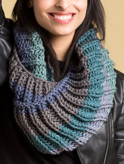 1337deee37c4c6 Free Knitting Pattern for 2 Row Repeat Big Rib Cowl - This large twisted  cowl features a 2 row repeat fishermen rib stitch and is knit with one  skein of the ...