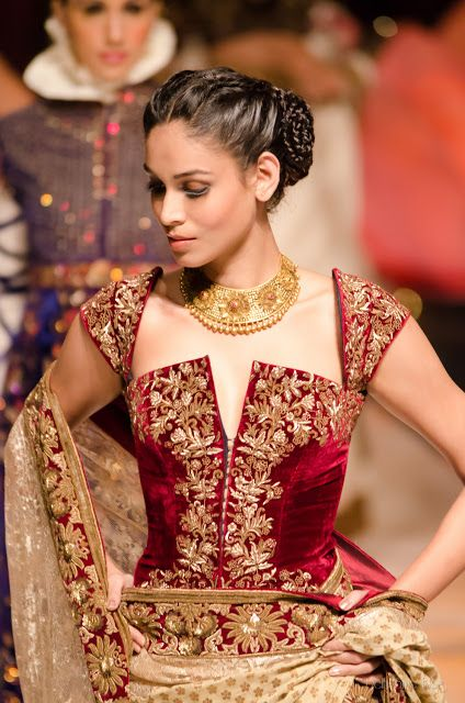 Rohit Bal India Bridal Fashion Week 2013 The Mulmul Masquerade | Delhi Style Blog