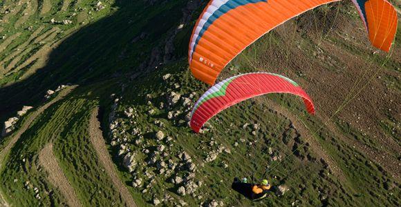 Chris Santacroce Red Bull pilot.   14_Paraglider03