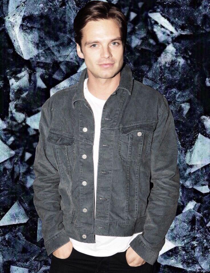 Sebastian ⭐ Stan in a suit looking mighty fine