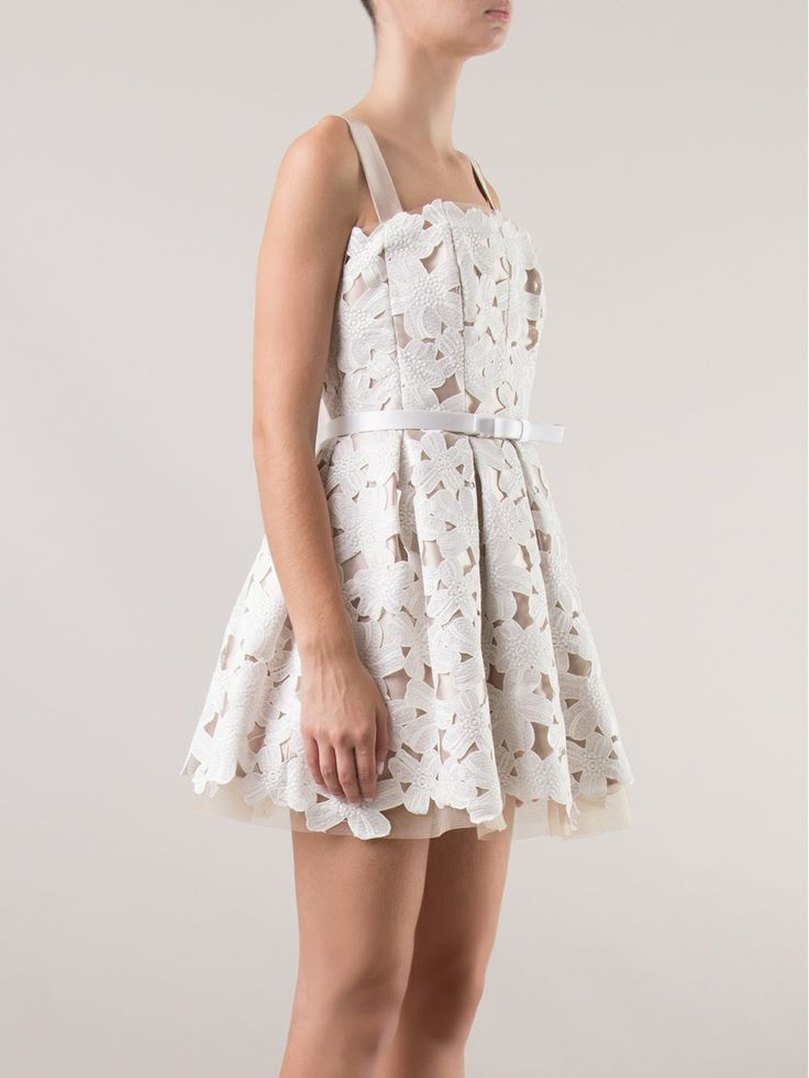 Encerrar ciclos martha medeiros white dress