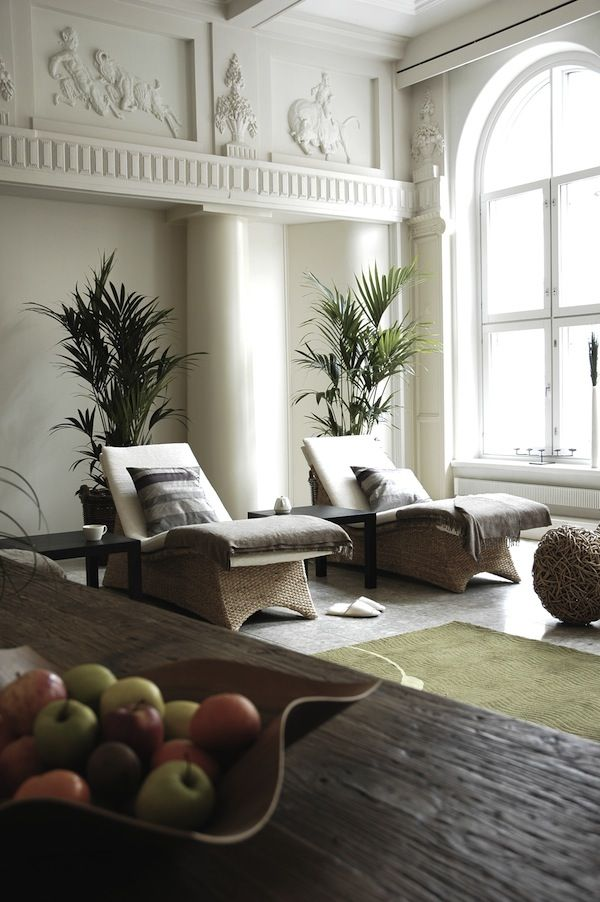 : Livingrooms Openspaces, Day Spas, Interior, Idea, Spa Rooms, Lounge Chairs, Salons Spas, Lounge Chair, Hotels