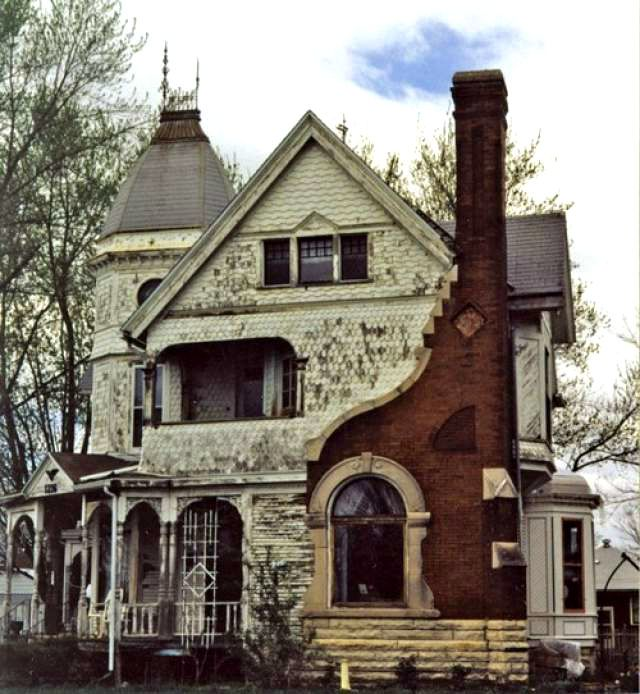 Abandoned places in detroit abandoned for Classic house images