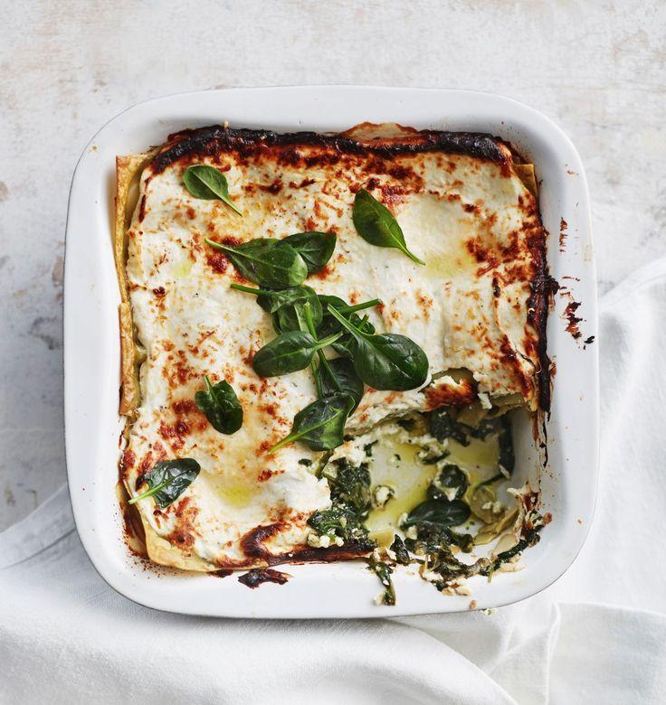 Kevyt ja proteiinipitoinen rahka yllättää lasagnessa iloisesti.
