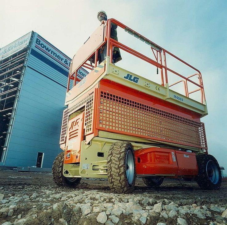 Jest co podziwiać, prawda? ;)  Takie i inne urządzenia transportu bliskiego:  http://www.koszalin.rubryka.pl/ogloszenie/251398-kursy-na-wozki-widlowe-podnosniki-zurawie-suwnice