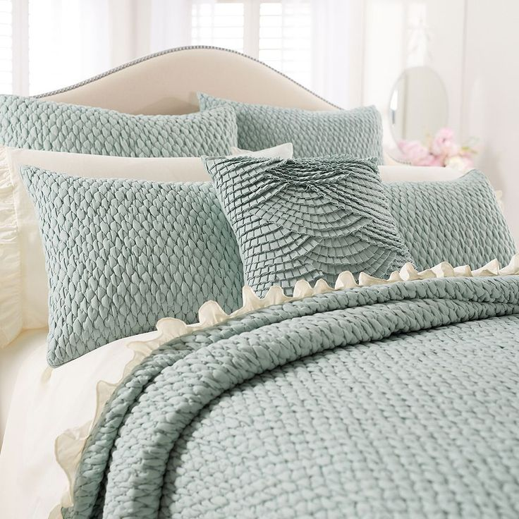 LC Lauren Conrad Becca Bedding Set