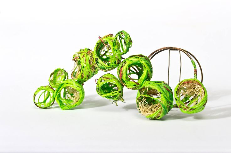 Mabel Pena -   brooch, Nature, Nests, everlasting present.(supermarket bags recycled polyethylene, loofah.)